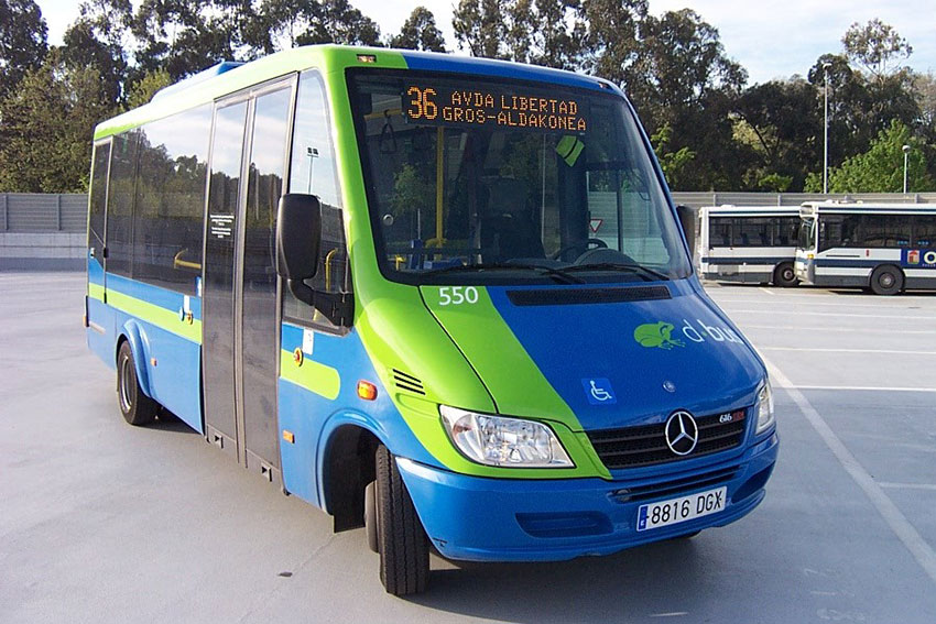 Microbús-550-Exterior